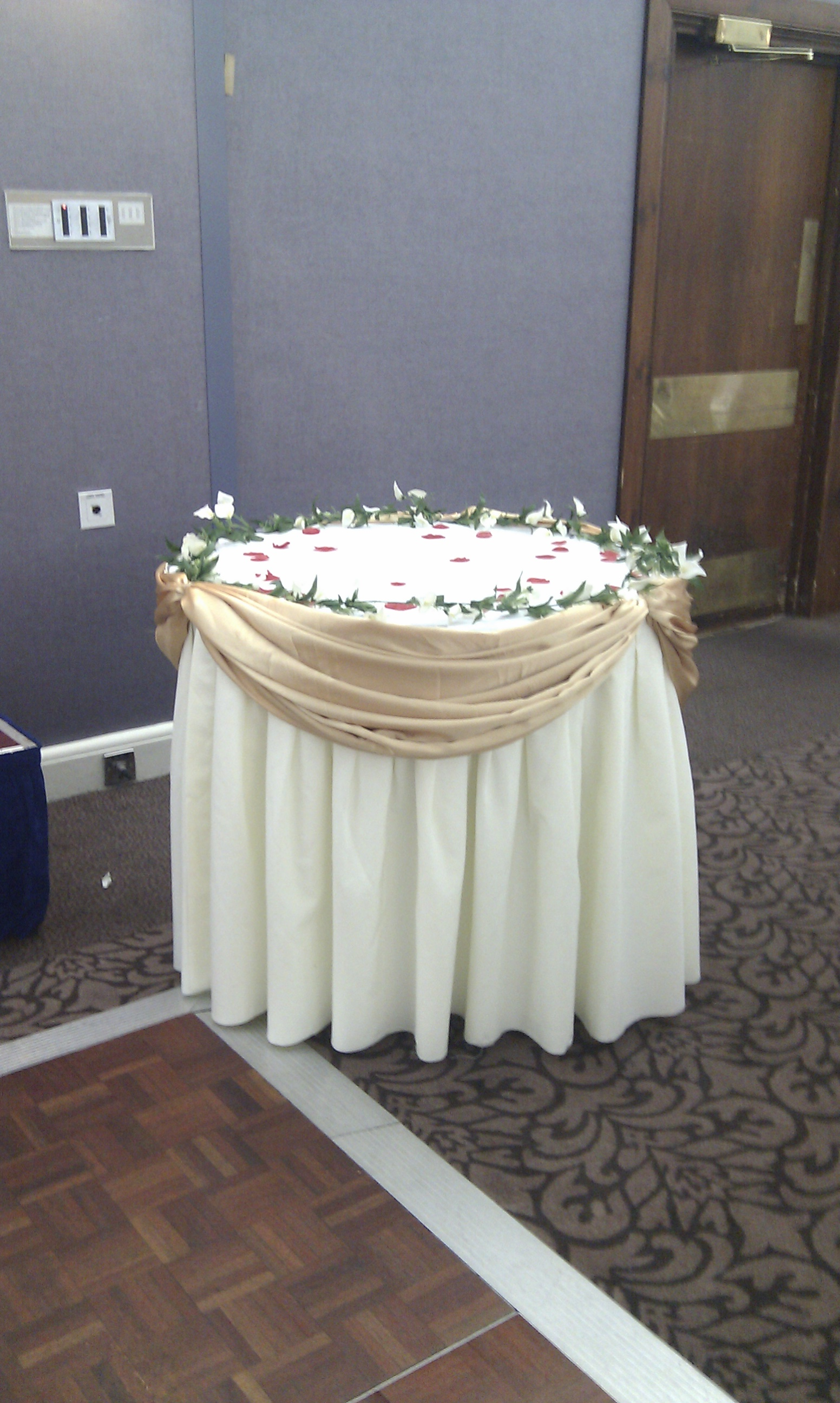 Wedding Cake Table For Sale Uk